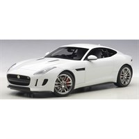 Jaguar F-Type R Coupe 2015 - Glossy White 1:18