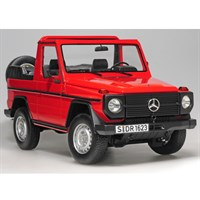 Mercedes W460 G Class Cabriolet 1979 - Red 1:18