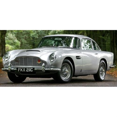 Aston Martin Db5: Spark Aston Martin DB5