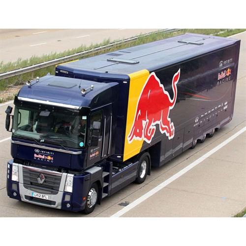 renault magnum transporter 2013 red bull racing 1 43. Black Bedroom Furniture Sets. Home Design Ideas