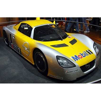 Bizarre Opel Eco Speedster - 2003 Diesel Land Speed Record - 1:43