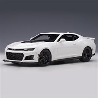 AUTOart Chevrolet Camaro ZL1 2017 - Summit White 1:18