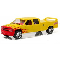 Greenlight Collectibles Chevrolet C-2500 1997 - Kill Bill 2003 1:18