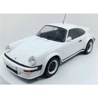 Porsche 911 Race Version 1982 - White 1:18