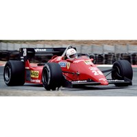 Look Smart Ferrari 126 C4 - 1984 Belgian Grand Prix - #28 R. Arnoux 1:18