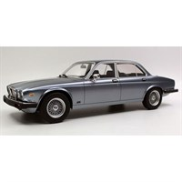 Lucky Step Jaguar XJ6 1982 - Grey 1:18