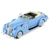 IXO Packard Victoria Convertible 1938 - Blue 1:43