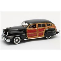 Matrix Chrysler Town & Country Wagon 1942 - Black 1:43