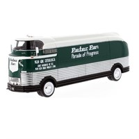 Neo GM Futurliner 1941 - White/Green 1:43