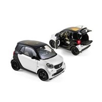 Norev Smart Fortwo 2015 - Black/White 1:18