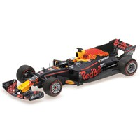 Minichamps Red Bull Racing RB12 - 2017 Chinese Grand Prix - #3 D. Ricciardo 1:43