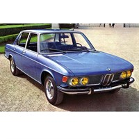 Minichamps BMW 2500 1968 - Blue Metallic 1:18