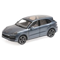 Minichamps Porsche Cayenne Turbo S 2017 - Blue Metallic 1:18