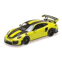 Minichamps Porsche 911 GT2 RS 2018 - Green W. Weissach Package 1:18