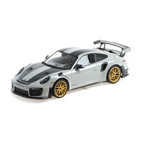 Minichamps Porsche 911 GT2 RS 2018 - Chalk W. Weissach Package 1:18