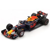 Red Bull Racing RB13 - 1st 2017 Azerbaijan Grand Prix - D. Ricciardo #3 1:43