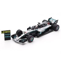 Spark Mercedes F1 W09 w. Pit Board - 2018 Mexican Grand Prix World Champion - #44 L. Hamilton 1:43