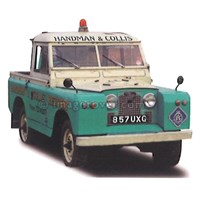 "TrueScale Miniatures Land Rover Series II 88"" Recovery Truck Handman & Collis - 1:43"
