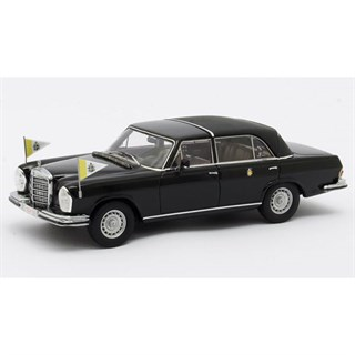 Matrix Mercedes 300 SEL Landaulette Vatican City 1967 Closed - Black 1:43