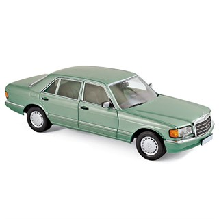 Norev Mercedes 560 SEL 1991 - Light Green Metallic 1:18