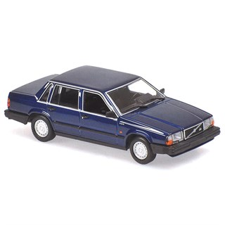 Minichamps Volvo 740 GL 1986 - Dark Blue Metallic 1:18
