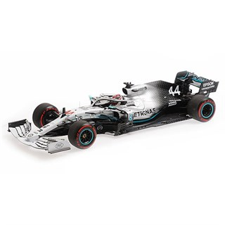Minichamps Mercedes F1 W10 - 2019 German Grand Prix - #44 L. Hamilton 1:18