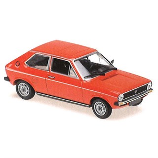 Maxichamps Volkswagen Polo 1979 - Red 1:43