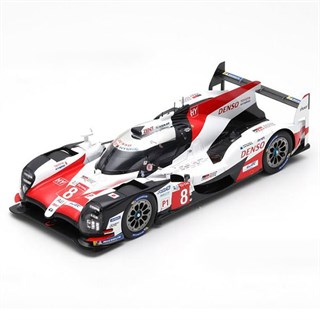 Spark Toyota TS050 - 1st 2018 Le Mans 24 Hours - #8 1:18