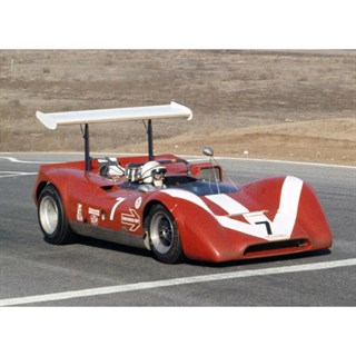 Spark Lola T160 - 1968 Can-Am - #7 J. Surtees 1:43