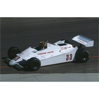 Spark Theodore TY02 - 1982 Long Beach Grand Prix - #33 D. Daly 1:43