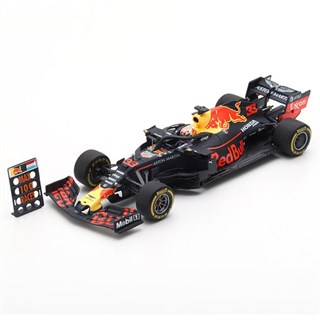 Spark Red Bull RB15 - 2019 American Grand Prix w. Pit Board - #33 M. Verstappen 1:43