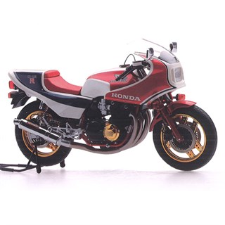 TrueScale Miniatures Honda CB1100 RD - Red/Blue/White 1:12
