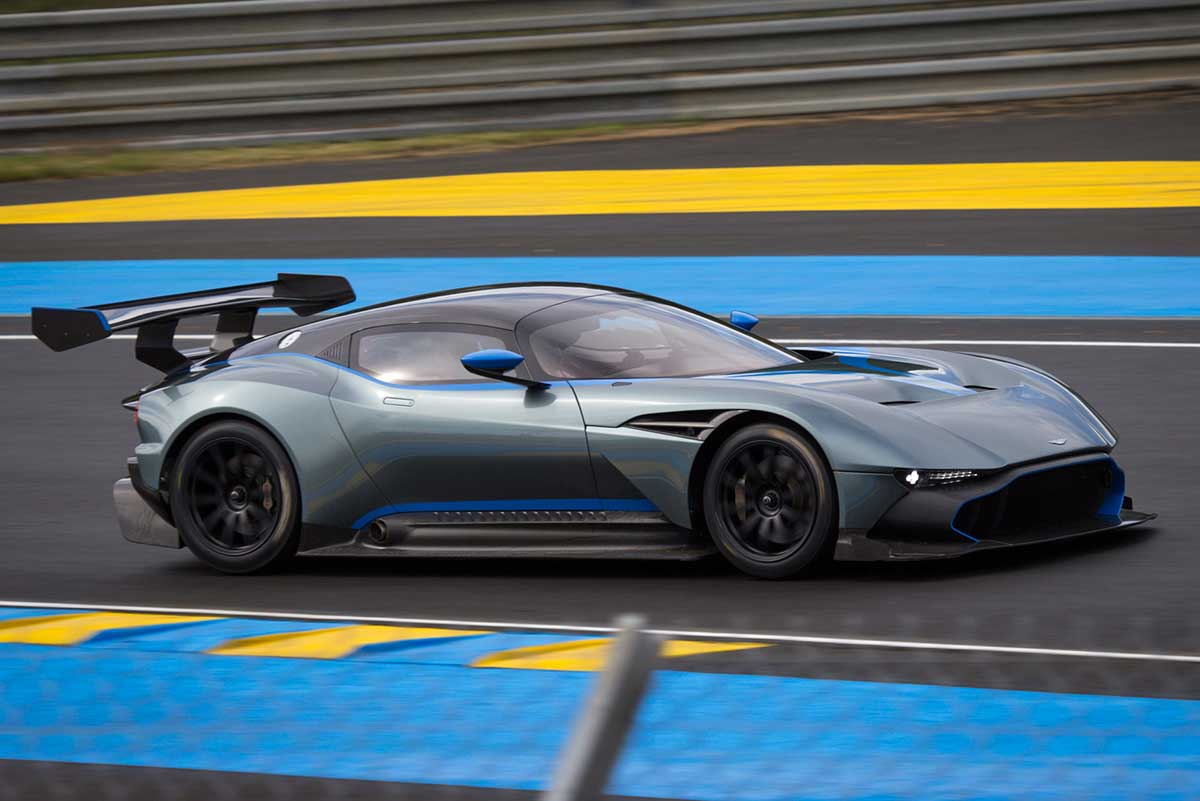 AstonMartinVulcan-Header