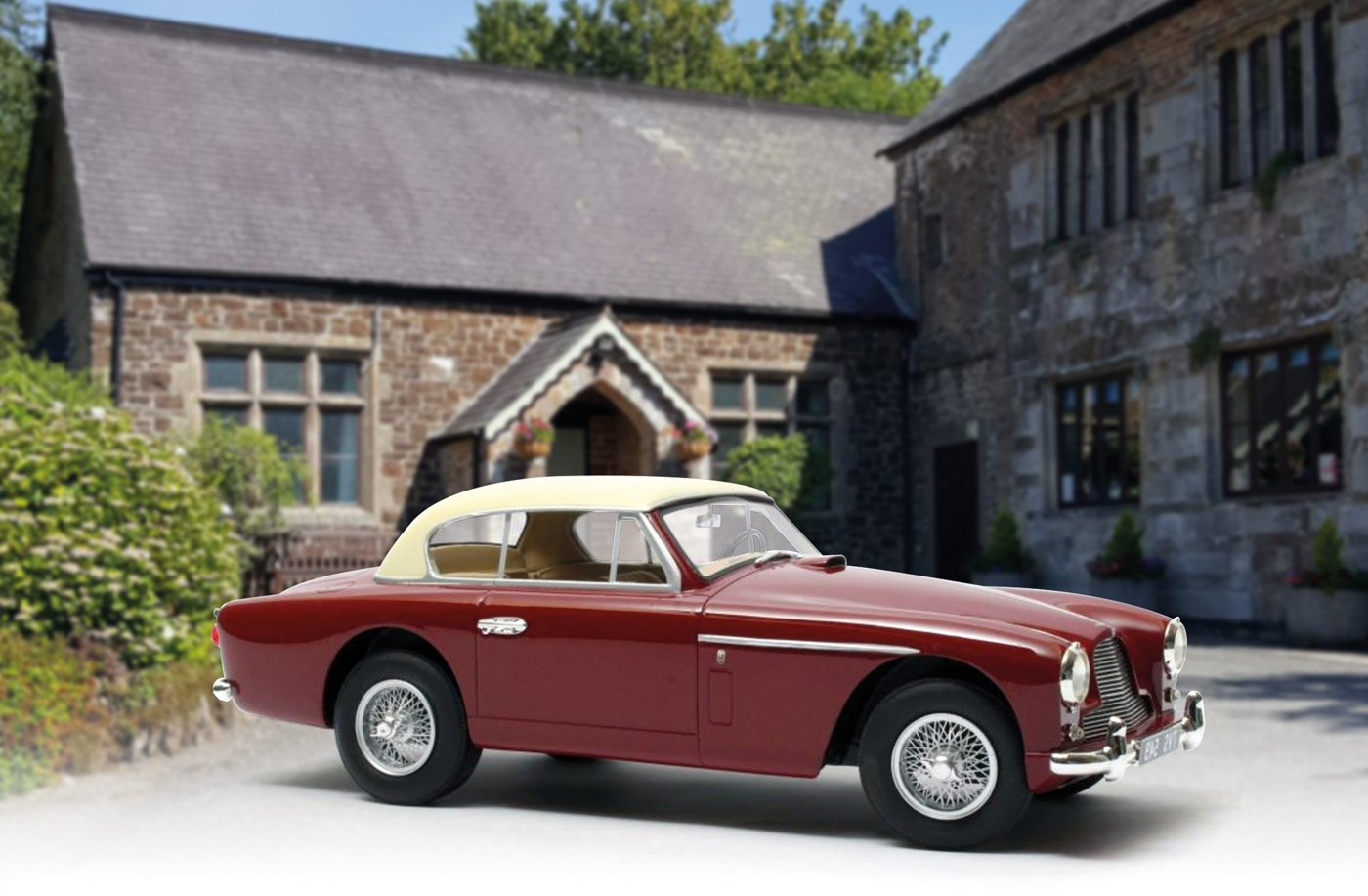 Cult 1:18 1955 Aston Martin DB2-4 Mk.II FHC Notchback diecast model car review